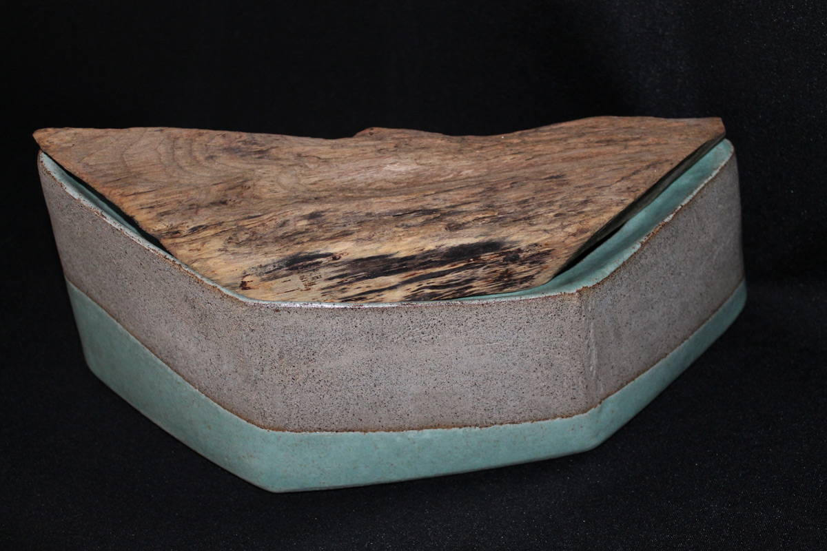 Stoneware Box With Driftwood Lid 'Green Boat'