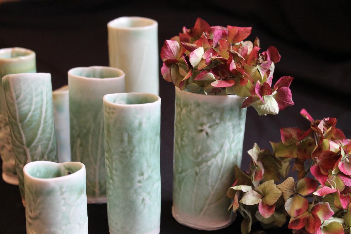 Porcelain party favours small glazed vases