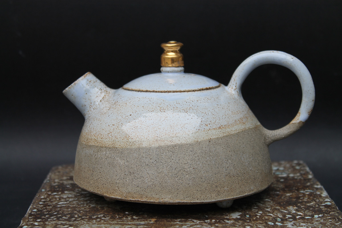 Stoneware Teapot 'Blue Moon'Gold Plated Detail